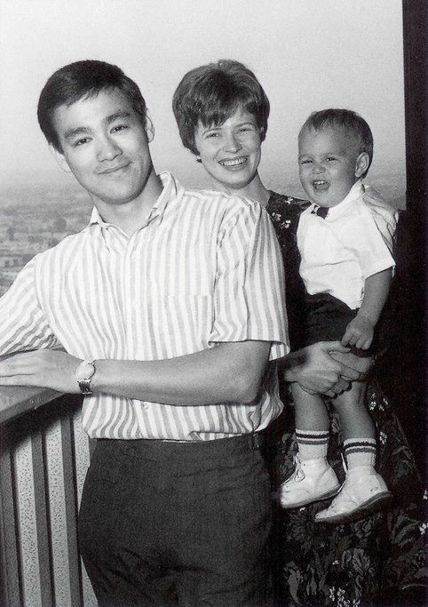 c2d726215ead6b8b6acd8f1e2d4e9a75-bruce-lee-family-brandon-lee